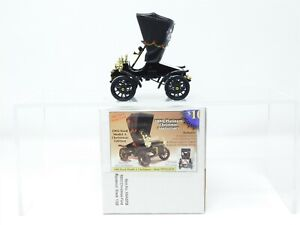 1:32 Scale National Motor Museum XMASFD 1903 Christmas Ford Runabout - Black
