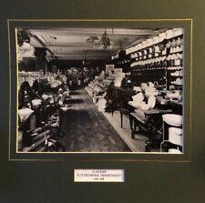 Noir & Blanc Tirage photographique de Harrods Kitchenware Department C1919