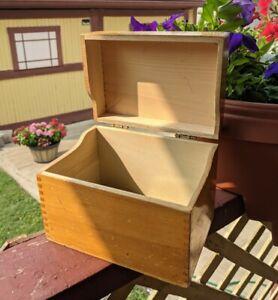 Vintage Wooden Dovetail Recipe File Box Storage Farmhouse Primitive Chic Prairie