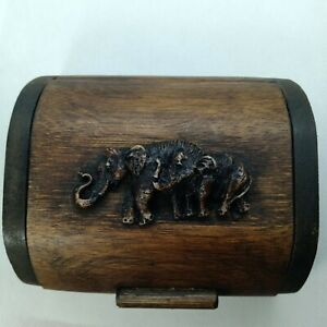 Business card box Made of bamboo Carving Craft From Thai people Souvenir Collect