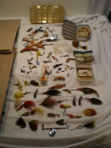 Vintage Mixed Lot Fishing Flies Lures L.L.Bean Pfleuger Lot # 1