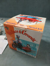 WALLACE & GROMIT Motorbike & Sidecar Model Kit (1989) Airfix