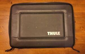 Thule TGSE-2254 Gauntlet 3.0 case for 15-inch Macbook Pro/Retina