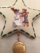 Hummel Christmas Ornament 2005 Danbury Mint Making New Friends Porcelain Star