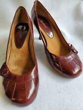 Dollhouse Women's Brown Leather Elegant Slip On Pumps  A1 Sz. 9.5M