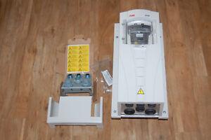 ABB ACH550-01-03A3-4+B055 Inverter, 3 Phase, 1.1kW, 3.3A, 380-480 VAC, IP54,