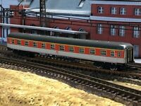 Marklin Z Orange/White 1st Class Passenger Coach