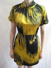 Veronica Keucke Size 8 Yellow and Black Formal Silky Dress
