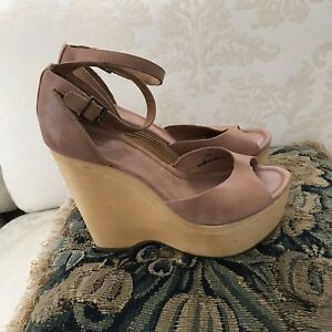 Joie Beige Leather Sandals Ankle Strap Wood Wooden Wedges B SZ 37.5 / 7.5