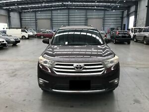 2012 Maroon Toyota Kluger Wagon