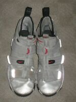 Nike Lebron Soldier 11 Silver Bullet Men's Size 8 Basketball Shoes 897646-007