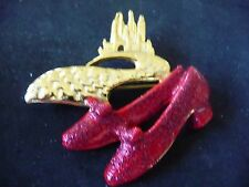 NEW  VINTAGE WIZARD OF OZ EMERALD CITY RUBY SLIPPERS  BROOCH SIGNED DANECRAFT