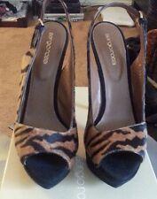 Sergio Rossi Pelle Point Tiger Calf-Hair Platform Sandal - Size 39 (US 8.5)