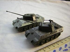 2 X Roco DBGM WW2 German Military Panther Tanks Scale 1:87