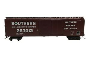 Southern #263012 50' Box Car Brown HO Scale Athearn, Kadee Trucks, No Reserve