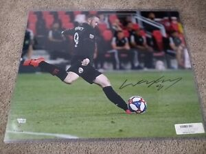 Wayne Rooney Signed 16x20 Photo D.C. United Fanatics Authentic Sticker Autograph