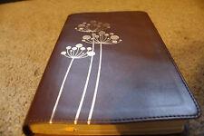 NIV Flora Fauna Collection Bible Chocolate/Copper Flowers Italian DuoTone New