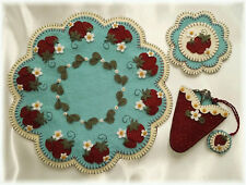 Prim Wool Felt Candle Mat Kit, Penny Rug Kit, STRAWBERRY FIELDS, Embroidery Kit