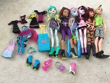 6 Monster High Dolls & Accessories