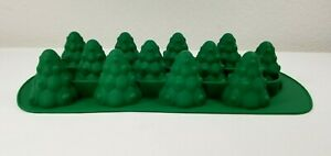 Chicago Metallic 12 Cavity Silicone Green Christmas Tree Baking Pan Mold NIP