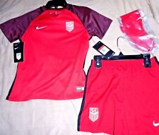 "UNITED STATES of AMERICA ""NIKE STADIUM"" RED SEWN SOCCER SET CHILDREN LARGE. $75"