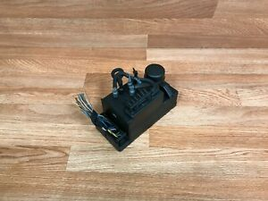MERCEDES OEM W140 S420 S500 S320 DOOR LOCKING VACUUM PUMP (92_97) 0132006350