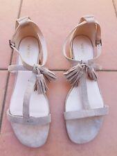 AS NEW NINE WEST WESLIA Ladies Beige Suede T-Bar Flat Sandals Size 10.5M