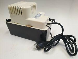 Kondensatpumpe Heizung Kondensat Pumpe Hebepumpe Kondenswasser mit Stecker