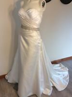 Ivory Beaded Size 12 14 Wedding Dress Gown Strapless Sweetheart With Bustle