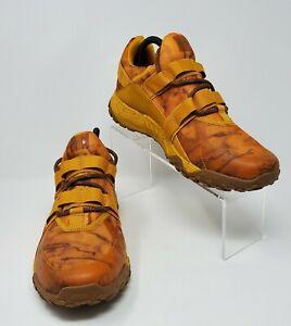 Under Armour UA Valsetz Trek Camo Golden Yellow Shoes 3022621 700 Men Sz 8.5 New