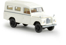 Brekina 13775  Land Rover 109 geschlossen, weiß von Starmada 1:87