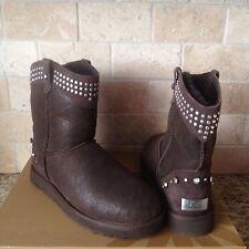 UGG Bowen Studs Swarovski Crystal Bling Chocolate Short Boots Size US 8 Womens