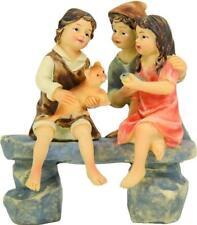 Krippen Johannes Krippenfiguren Kinder sitzend auf Bank Größe ca.10cm