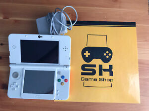 New Nintendo 3DS Super Mario 3D Land Edition WHITE With Travel Case