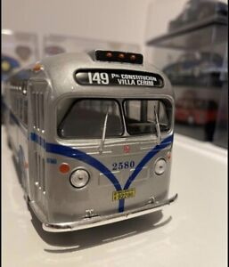 GMC COACH LINE BUS 1948 SCALE 1/43 MODEL  SALVAT COLLECTION MADE IN ARGENTINA