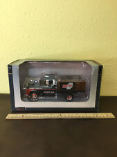 SpecCast diecast 1:25 model Farber Bag & Supply 1957 Chevy 78257 detailed NICE!