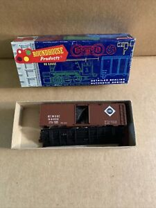 Roundhouse HO Scale Erie 40' Box Car #84002 Kit