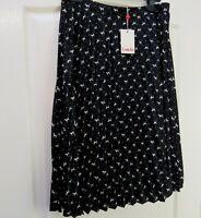 BNWT LOUCHE Sunny Dog Print Skirt Sz 14 Pleated Career Quirky Black Knee Length