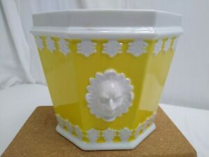 Cachepot Mottahedeh Vista Alegre Portugal Yellow and White Planter Flower Pot