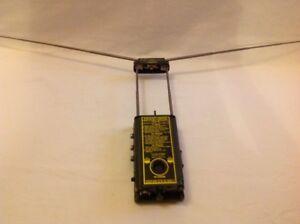 RT-159 MILITARY AIPLANE PILOT EMERGENCY VHF UHF RADIO model TRE54 THORN INDUSTR