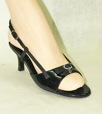 FERRAGAMO / ITALY / BLACK PATENT SLING BACK WITH GANCINI BUCKLE / 35 / EXCELLENT