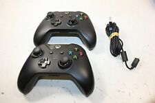 Lot 2 Microsoft Xbox One Controllers - 1x Day One 2013 - Tested/Works