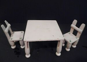 VINTAGE WOODEN HANDMADE CLOTHES PIN 3 PIECE DOLL FURNITURE SET 2 CHAIRS & TABLE
