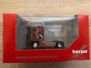 "Herpa 110976 - 1/87 Scania Cr 20 Toit Surélevé Zugmaschine "" Maik Terpe "" - Neuf"