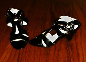 Franco Sarto Women sz 6 black patent leather sandals peep open toe ankle strap