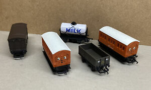 Joblot 5 Hornby Annie Clarabel Thomas & Friends Wagons Tidmouth / Cattle Wagon