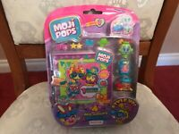 Moji Pops Series 1 Photo Pop Blister Pack Figures New sealed