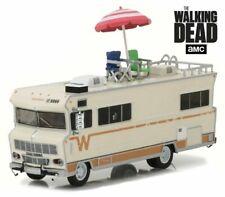 Winnebago Chieftain 1973 WALKING DEAD Wohnmobil + Accessoiries **Greenlight 1:64