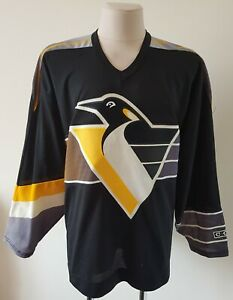 Vintage CCM Pittsburgh Penguins hockey Jersey made in Canada size 2XL
