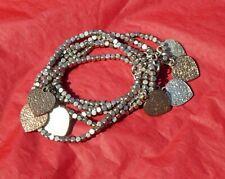 Magnifique bracelet argenté avec coeurs